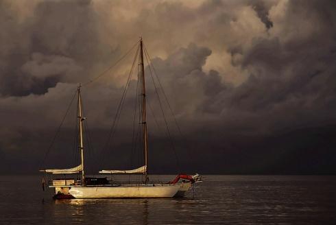 brewing storm - Night Lowlight photography (photoforu.blogspot.com)